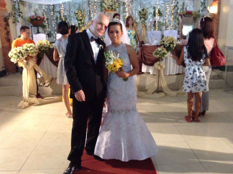 Just updating our post 9th jan 2015<br><br>been a good year so far, we planned our wedding in january before i returned to the uk our wedding day was april 25th i came back to philippines on april 13th...